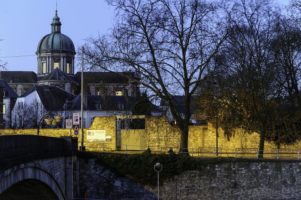 Le dôme de la cathédrale Saint Aubain